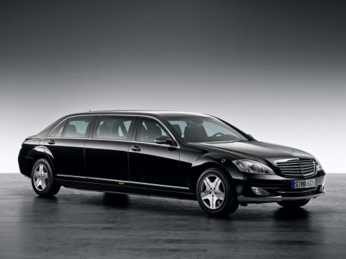 2009-Mercedes-Benz-S-600-Pullman-Guard-Limousine-Studio-Front-And-Side-1920x1440