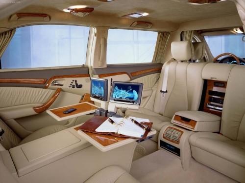 Mercedes-Benz-S-Class_Pullman_Limousine_W220_2001_1600x1200_wallpaper_05