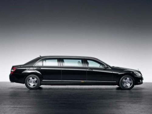 mercedes-benz-limousine-05