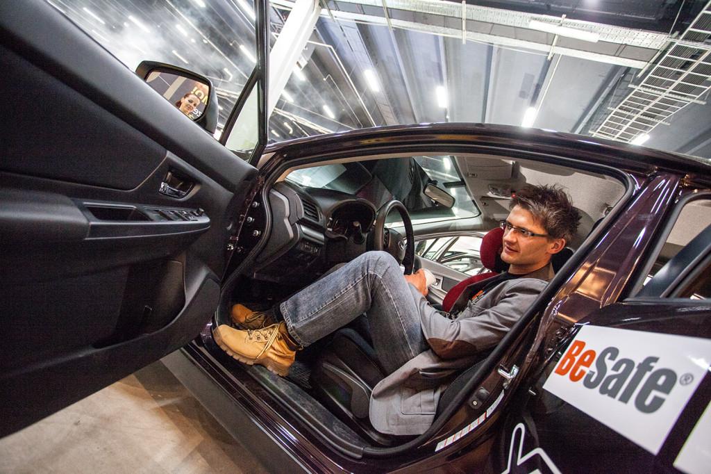 Solo Kielce dostarczyło samochody marki Subaru na Targi Czas Dziecka - w modelu XV Hubert Wiśniewski z Marko (BeSafe)