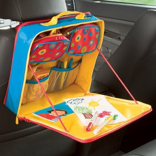 Czy duża ilość zabawek jest konieczna w podróży?