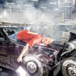 Realistyczna inscenizacja wypadku drogowego.