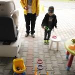 Zabawy z dziećmi w trakcie trasy kampanii Ogólnopolskie Inspekcje Fotelików