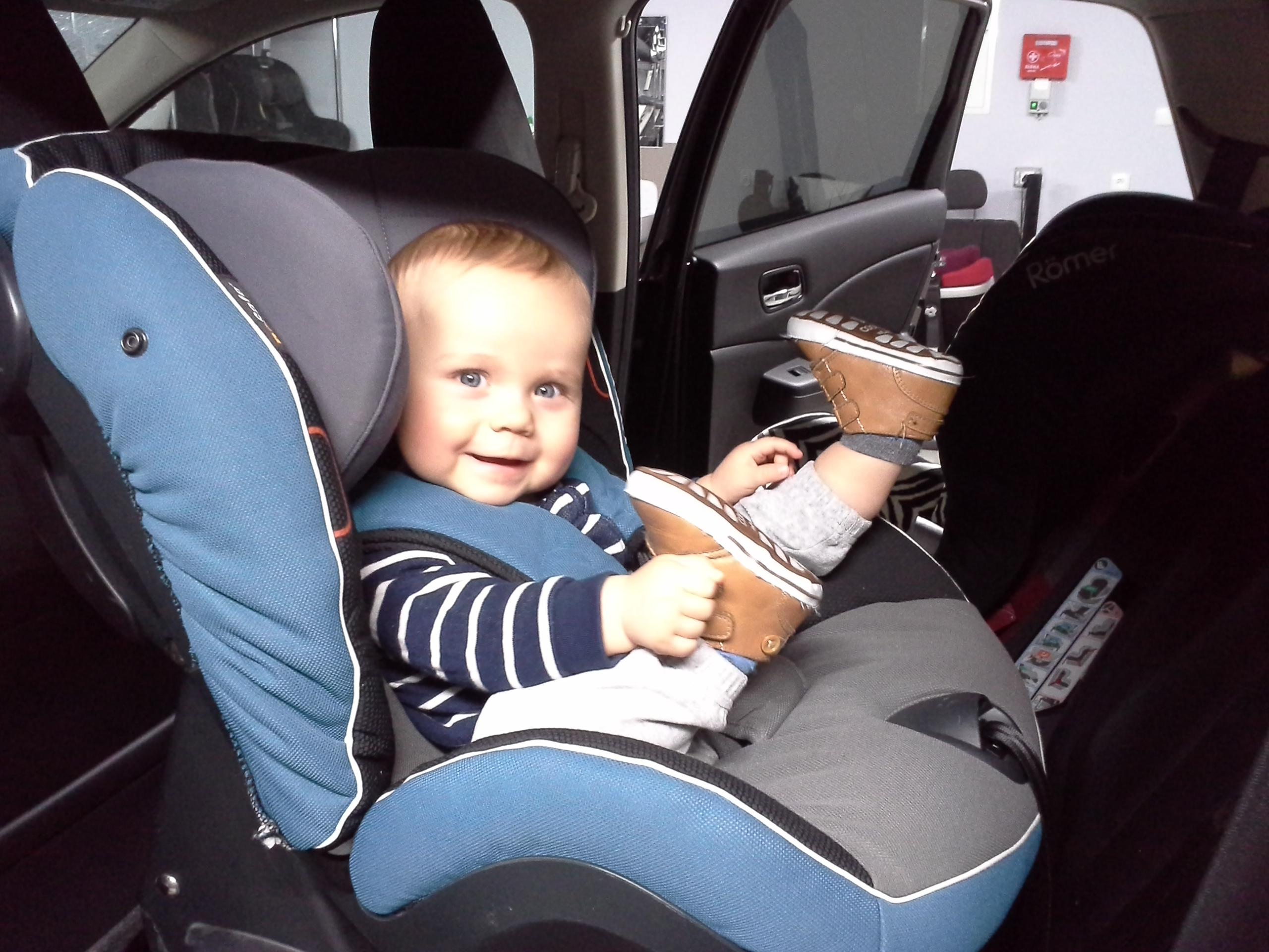 Tyłem bezpieczniej: BeSafe iZi Kid i-Size
