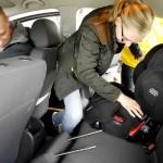 """Mocny montaż to podstawa, fotelik musi być niemal """"przyspawany"""" do samochodu - Ogólnopolskie Inspekcje Fotelików"""